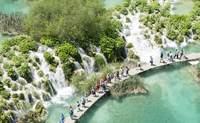 Zadar - Lagos de Plitvice - Ljubljana. Cruza un puente entre cascadas y lagos - Croacia Circuito Croacia y Eslovenia