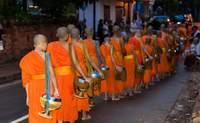 Luang Prabang. El ritual de los laosianos - Laos Gran Viaje Laos y Vietnam