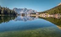 Región de Cortina d'Ampezzo — Lago Misurina — Dobbiaco — Brunico — Región de Cortina d'Ampezzo. - Italia Circuito Lo mejor de los Dolomitas y Venecia
