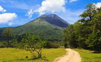 """Volcán Arenal – Monteverde. Rumbo al """"Bosque Nuboso"""" - Costa Rica Gran Viaje Esencias del Trópico y Guanacaste"""