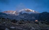 Horombo - Kibo (De 3.820 a 4.850 m). Entre dos colinas rojas - Tanzania Gran Viaje Ascensión al Kilimanjaro: Ruta Marangu
