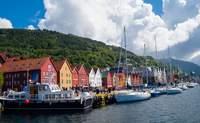 Bergen - Stavanger. Bergen desde el cielo - Noruega Circuito Lo Mejor de los Fiordos y Oslo