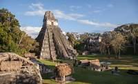 Isla de Flores. Conociendo Tikal - México Gran Viaje Pueblos Tzotzil y Quiché